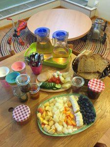 Kinder Essen in der Krümelkiste Kinderbetreuung